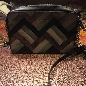 Michael kors small crossbody handbag